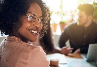Milhares de profissionais formados com posições de destaque no mercado de trabalho.